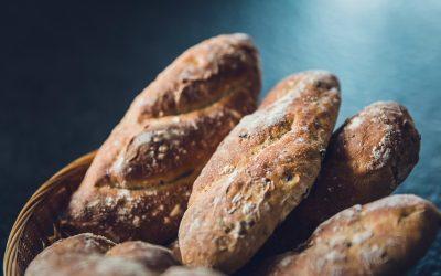 Kto w potrzebie da ci kromkę chleba?