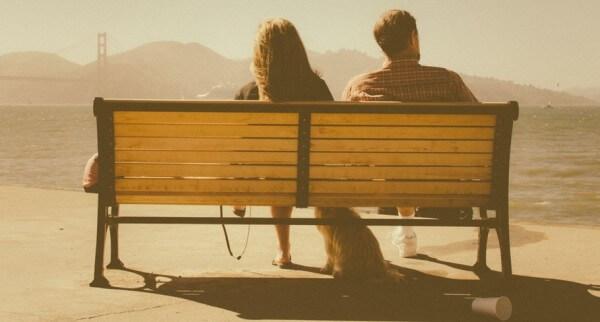 Co robić, gdy facet, którego lubisz, spotyka się z kimś innym