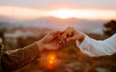 """5 rzeczy, które musisz zrozumieć zanim zapytasz czy ktoś """"wreszcie sobie kogoś znalazł"""""""